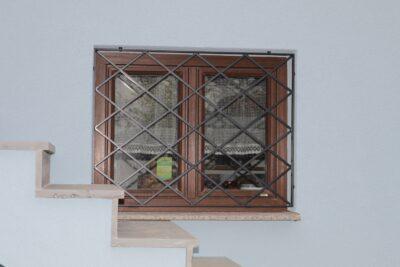 Fenstergitter schmiedeeisern