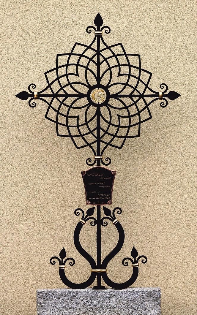 Grabkreuz aus Metall