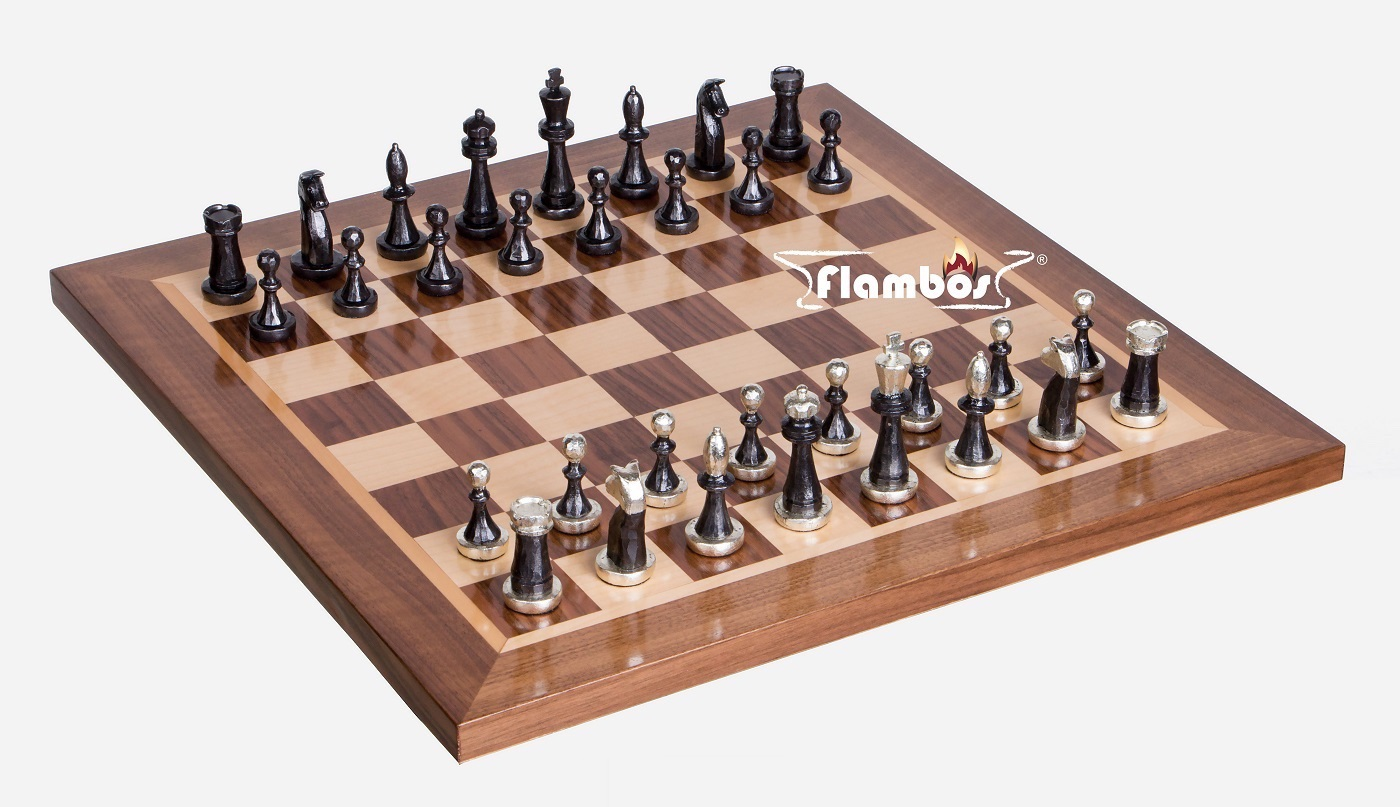 Schachbrett handgefertigt