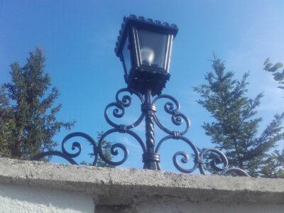 Schmiedearbeiten Lampe