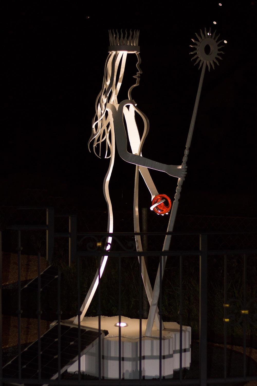 Beleuchtete Statue